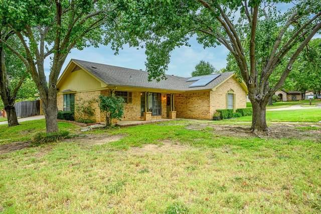 801 Ridge Court, Bedford, TX 76021 (MLS #14454800) :: The Mauelshagen Group