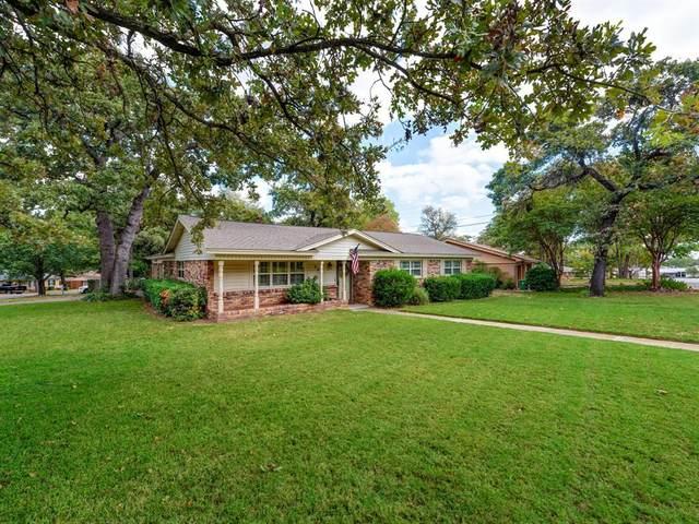 908 Trailwood Drive, Hurst, TX 76053 (MLS #14455097) :: The Mauelshagen Group