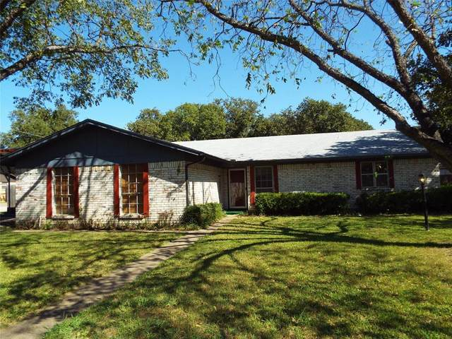 498 Oakwood Drive, Eastland, TX 76448 (MLS #14455158) :: Real Estate By Design
