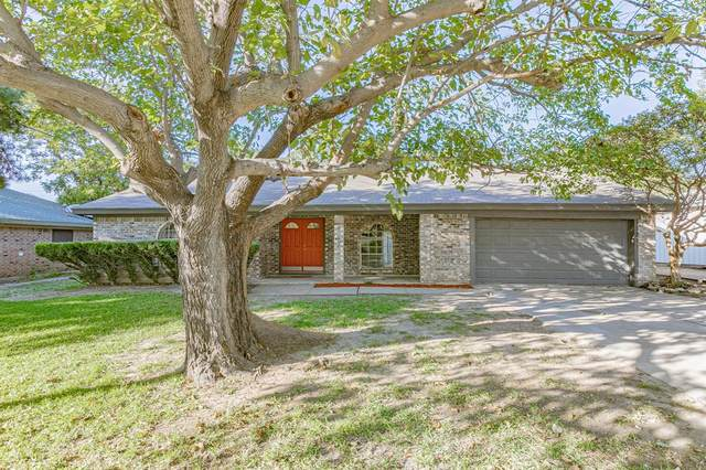 1020 Black Street, Hurst, TX 76053 (MLS #14455301) :: The Mauelshagen Group