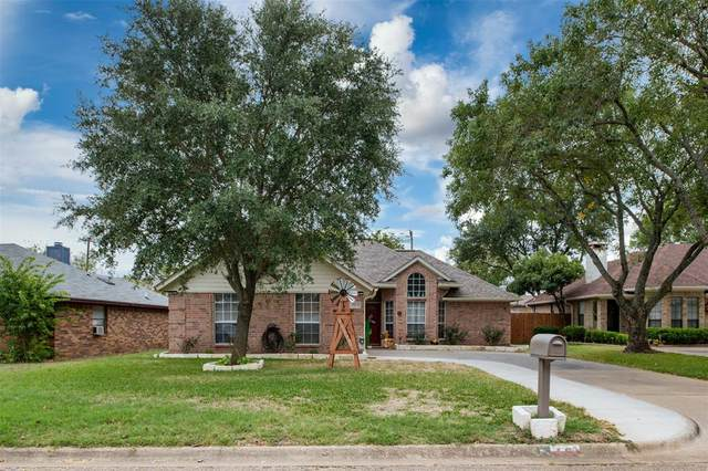 413 Odell Street, Cleburne, TX 76033 (MLS #14455895) :: The Mauelshagen Group