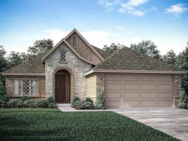 2740 Livia Irene Street, Burleson, TX 76028 (MLS #14455983) :: The Mauelshagen Group