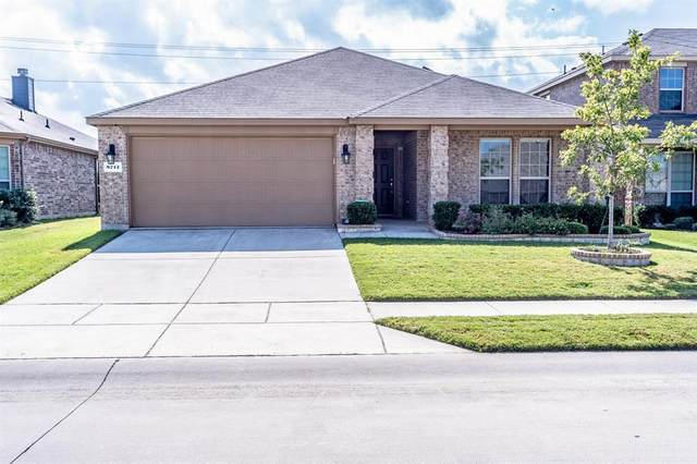 8712 Cowboy Trail, Aubrey, TX 76227 (MLS #14456065) :: Post Oak Realty