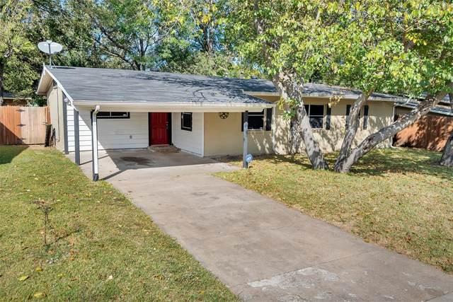 2109 Reever Street, Arlington, TX 76010 (MLS #14456130) :: Maegan Brest | Keller Williams Realty