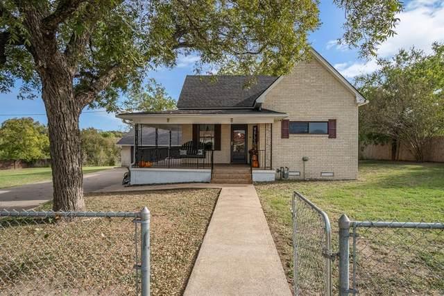 829 Cantrell Street, Waxahachie, TX 75165 (MLS #14456131) :: The Kimberly Davis Group