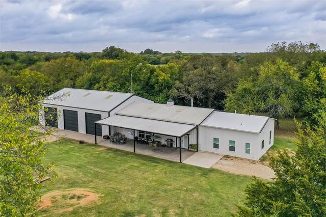 1693 County Road 4515, Whitewright, TX 75491 (MLS #14456347) :: All Cities USA Realty