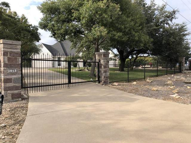 1013 Bluff Creek Point, Strawn, TX 76475 (MLS #14456726) :: Real Estate By Design