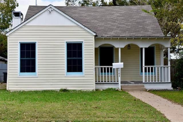 702 N Dallas Street, Ennis, TX 75119 (MLS #14456809) :: The Kimberly Davis Group