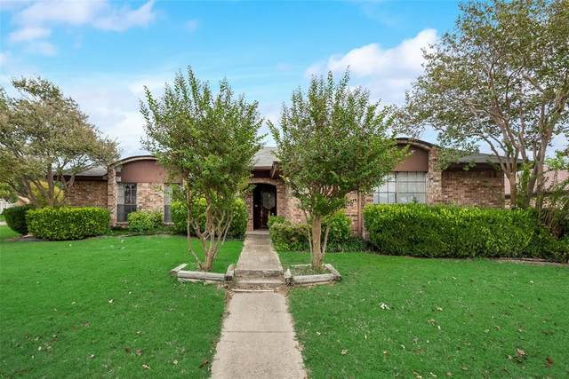 1308 Starshadow Drive, Richardson, TX 75081 (MLS #14457000) :: The Mauelshagen Group