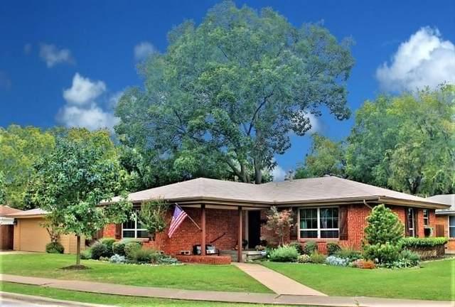 7340 Wake Forrest Drive, Dallas, TX 75214 (MLS #14457066) :: The Mauelshagen Group