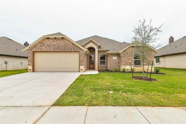 904 E 5th Street, Springtown, TX 76082 (MLS #14457083) :: The Rhodes Team