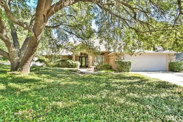 6318 Circo Drive, Granbury, TX 76049 (MLS #14457130) :: Robbins Real Estate Group
