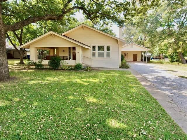 910 Plum Street, Graham, TX 76450 (MLS #14457202) :: The Kimberly Davis Group