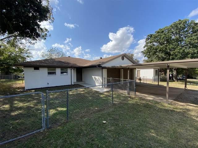 802 Buckboard Trail, Granbury, TX 76049 (MLS #14457264) :: Robbins Real Estate Group