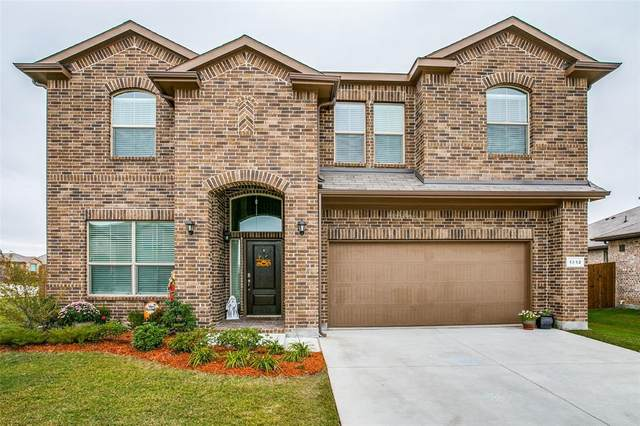 1212 Alnwick Lane, Saginaw, TX 76131 (MLS #14457286) :: The Mauelshagen Group