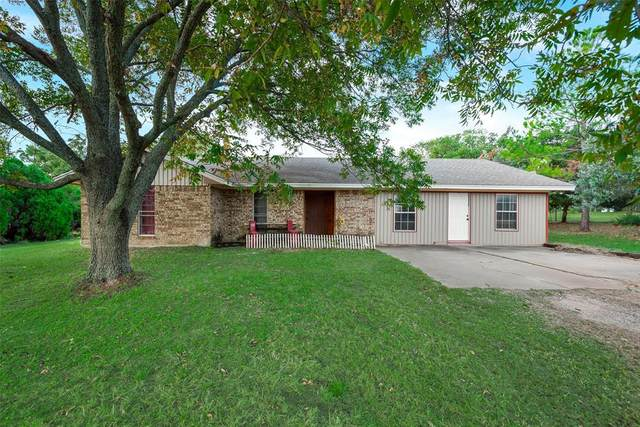 1115 Green Tree Drive, Weatherford, TX 76087 (#14457406) :: Homes By Lainie Real Estate Group