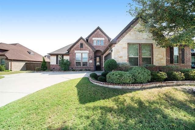 153 Diablo Drive, Burleson, TX 76028 (MLS #14457513) :: The Mauelshagen Group