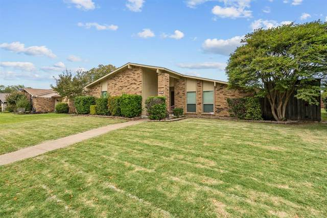2211 Proctor Drive, Carrollton, TX 75007 (MLS #14457791) :: RE/MAX Pinnacle Group REALTORS