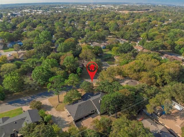 1806 Sagebrush Trail, Euless, TX 76040 (MLS #14457894) :: Robbins Real Estate Group