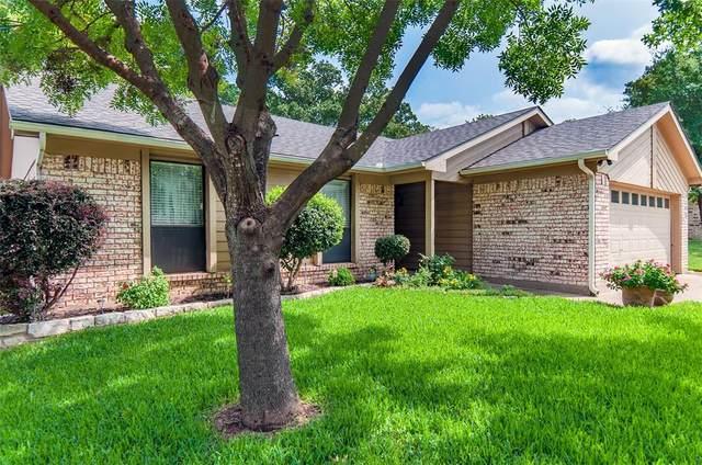 2127 Reverchon Drive, Arlington, TX 76017 (MLS #14458281) :: The Hornburg Real Estate Group