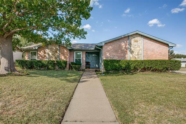 901 Rolling Meadows Drive, Arlington, TX 76015 (MLS #14458470) :: Real Estate By Design