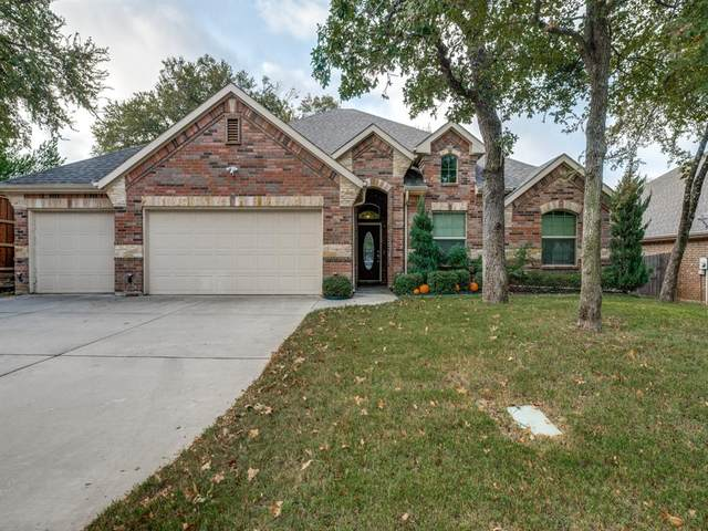 1209 Greenwood Drive, Hurst, TX 76053 (MLS #14458599) :: The Mauelshagen Group