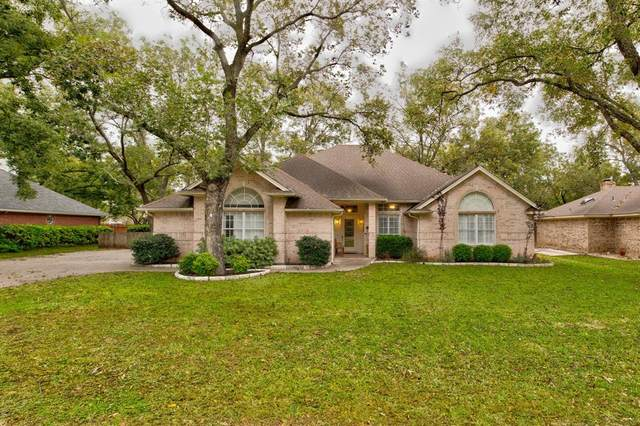 9013 Green Leaves Drive, Granbury, TX 76049 (MLS #14458629) :: Potts Realty Group