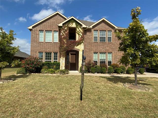 1812 Watermark Lane, Wylie, TX 75098 (MLS #14458634) :: The Mauelshagen Group