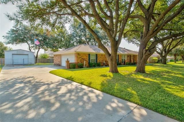 6113 Ed Coady Road, Edgecliff Village, TX 76134 (MLS #14458699) :: Hargrove Realty Group