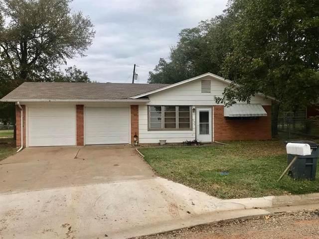 409 27th Avenue, Mineral Wells, TX 76067 (MLS #14459009) :: Maegan Brest | Keller Williams Realty