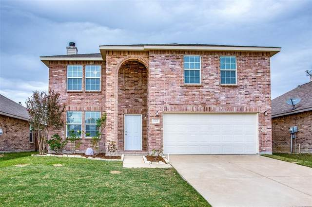 1312 Gayle Street, Burleson, TX 76028 (MLS #14459016) :: All Cities USA Realty