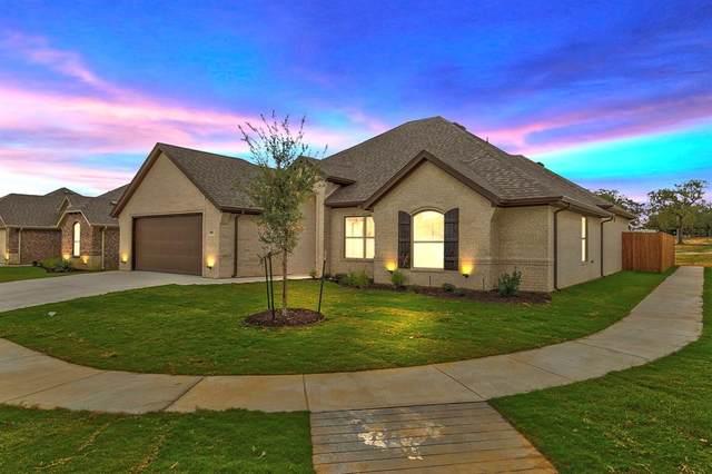 900 E 5th Street, Springtown, TX 76082 (MLS #14459169) :: Robbins Real Estate Group