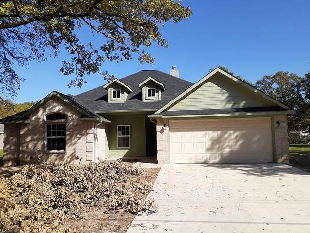108 Shady Shores Drive, Mabank, TX 75156 (#14459275) :: Homes By Lainie Real Estate Group