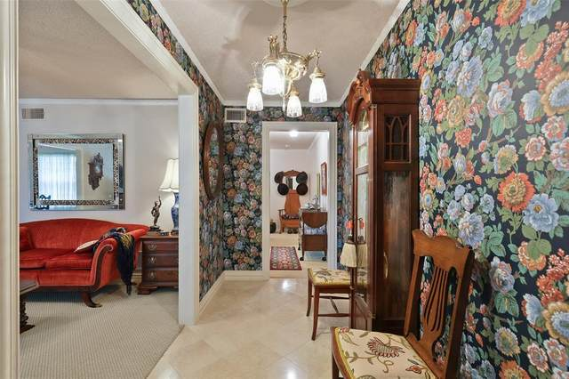 3727 Weeburn Drive, Dallas, TX 75229 (MLS #14459478) :: Real Estate By Design