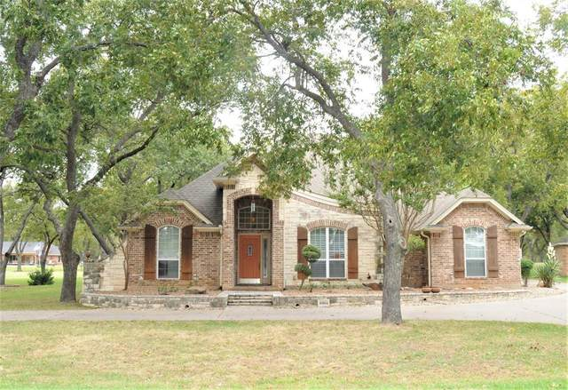 8904 Woodlawn Drive, Granbury, TX 76049 (MLS #14459595) :: The Chad Smith Team