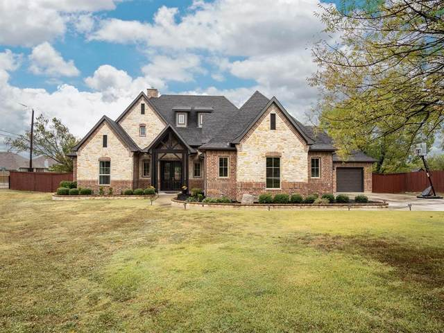 111 Collett Sublett Road, Kennedale, TX 76060 (#14460068) :: Homes By Lainie Real Estate Group