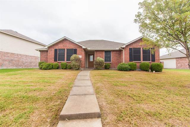 2906 Lake Vista Drive, Wylie, TX 75098 (#14460305) :: Homes By Lainie Real Estate Group