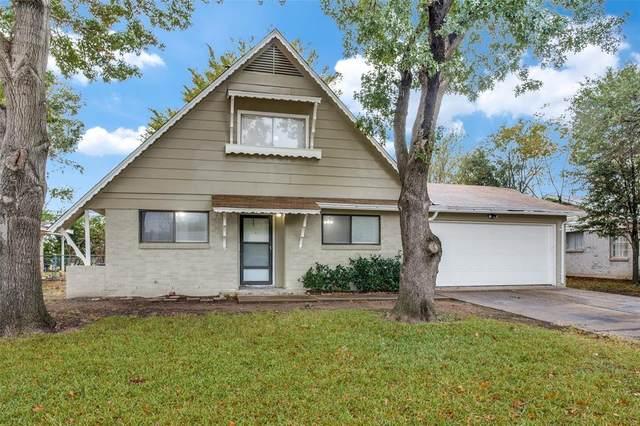 132 SE Gardens Boulevard, Burleson, TX 76028 (MLS #14460356) :: Results Property Group