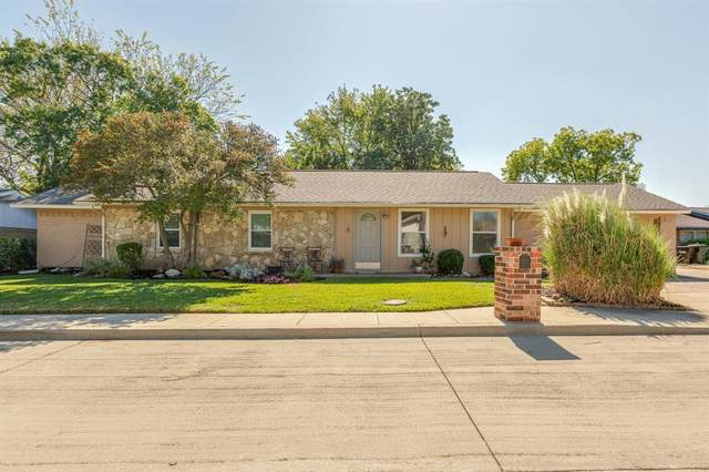 9 Westglen Place, Plano, TX 75074 (MLS #14460380) :: The Paula Jones Team | RE/MAX of Abilene