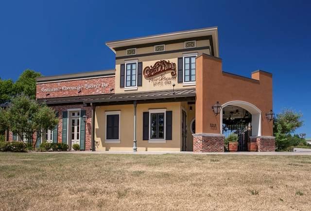 3213 N Fourth Street, Tyler, TX 75605 (MLS #14460436) :: Maegan Brest | Keller Williams Realty
