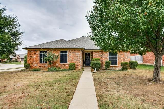 109 Blue Wood Drive, Saginaw, TX 76179 (MLS #14460665) :: RE/MAX Pinnacle Group REALTORS