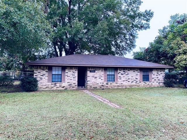3001 Meadows Drive, Texarkana, TX 75501 (MLS #14461041) :: The Kimberly Davis Group