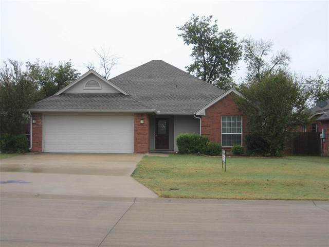 1005 Porter Place, Sanger, TX 76266 (#14461269) :: Homes By Lainie Real Estate Group