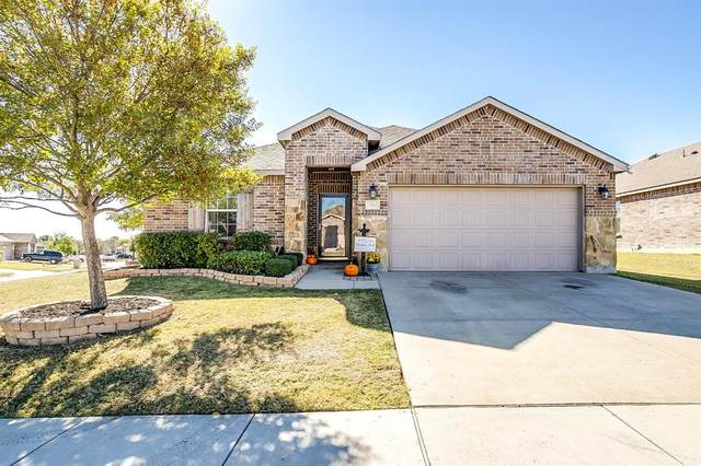 396 Meadow Ridge Drive, Burleson, TX 76028 (MLS #14461343) :: Keller Williams Realty