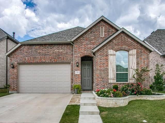 1304 Chickadee Drive, Argyle, TX 76226 (MLS #14461404) :: RE/MAX Pinnacle Group REALTORS