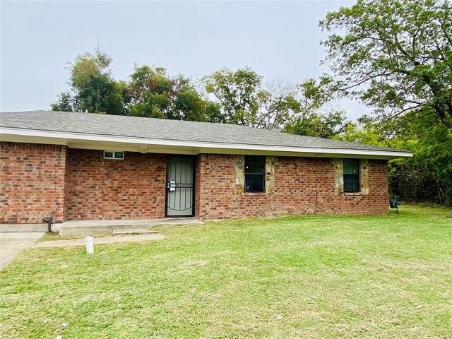 3307 Sayle Street, Greenville, TX 75401 (MLS #14461418) :: The Hornburg Real Estate Group