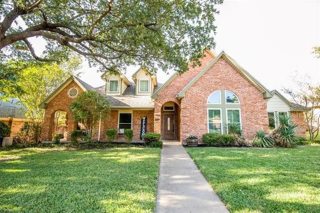 105 Redman Lane, Waxahachie, TX 75165 (MLS #14461454) :: Post Oak Realty