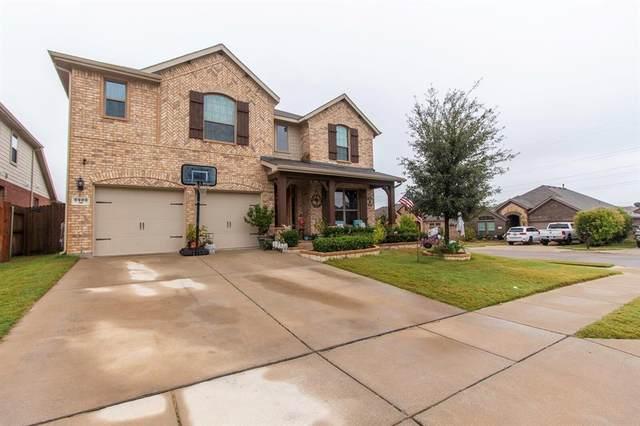 5900 Paddlefish Drive, Fort Worth, TX 76179 (MLS #14461536) :: The Kimberly Davis Group