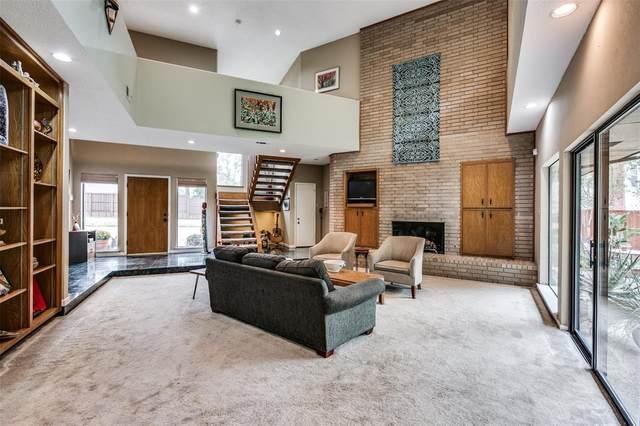 8935 Vista View Drive, Dallas, TX 75243 (MLS #14461537) :: Real Estate By Design