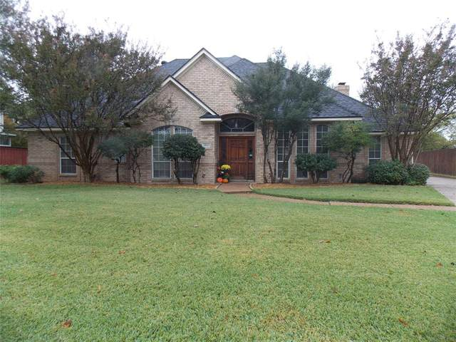 3805 Blue Forest Dr., Arlington, TX 76001 (MLS #14461605) :: The Chad Smith Team